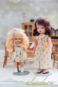 빈티지 Ann storybook dolls Big & little sisters